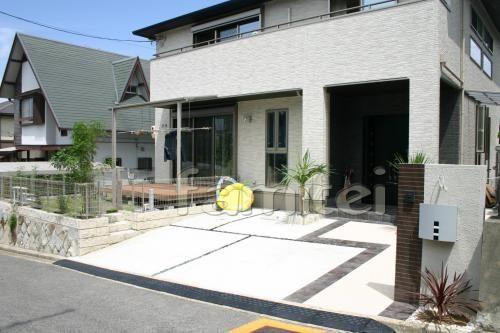 施工例 オープン外構 おしゃれ門柱 シンボルツリー テラス屋根