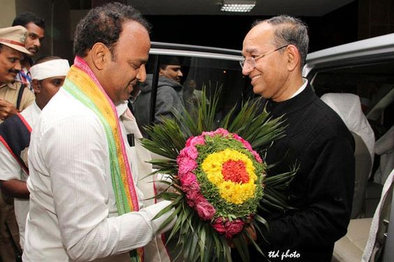 India's Chief Election Commissioner Sri V.S.Sampath visited Tirumala Sri Varu on Saturday evening with his family members.