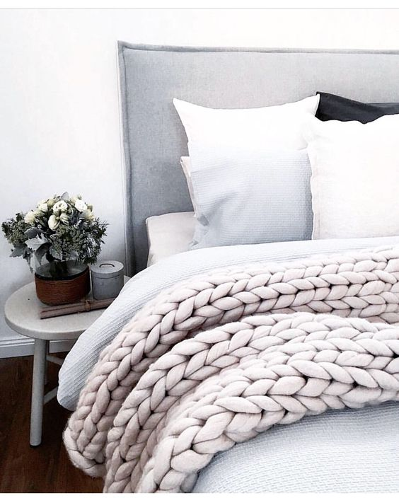 Oversize Knitted Woollen Throw from @nickel.n.co on Instagram #oversizedknitting #extremeknitting:
