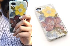 studs and pearls: diy: Metallic Pressed Flower Phone Case