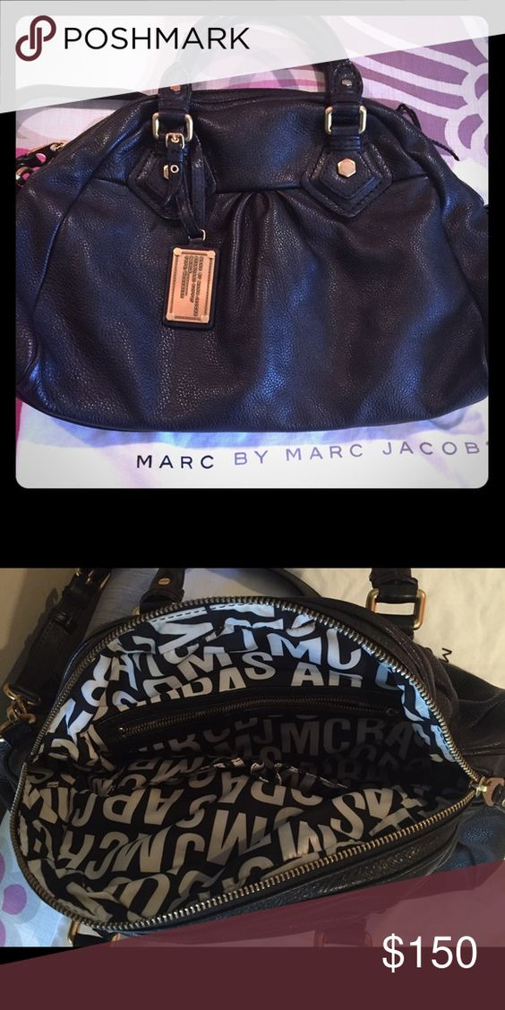 Marc by Marc Jacobs Classic Q Groovee Bag Used in good condition! Comes with dustbag Marc by Marc Jacobs Bags Satchels