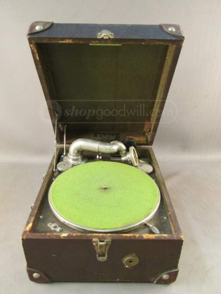 Outing Talking Machine Hand Crank Record Player