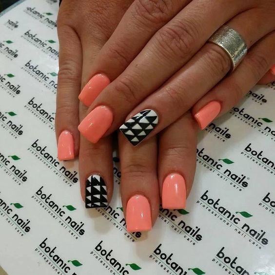 Nails pied poule motif