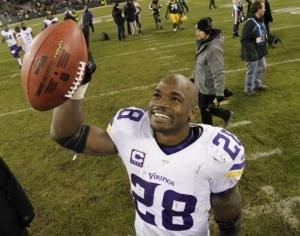 Purple Reign again: Vikings beat Packers, take NFC North - Yahoo ...