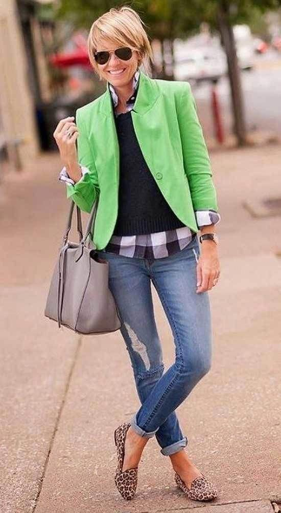 Casual Outfit For 50 Year Old Woman With Green Jacket And Jeans Fashionforwomenover6 In 2020 Clothes For Women Over 50 Work Outfits Women Womens Fashion Casual Summer