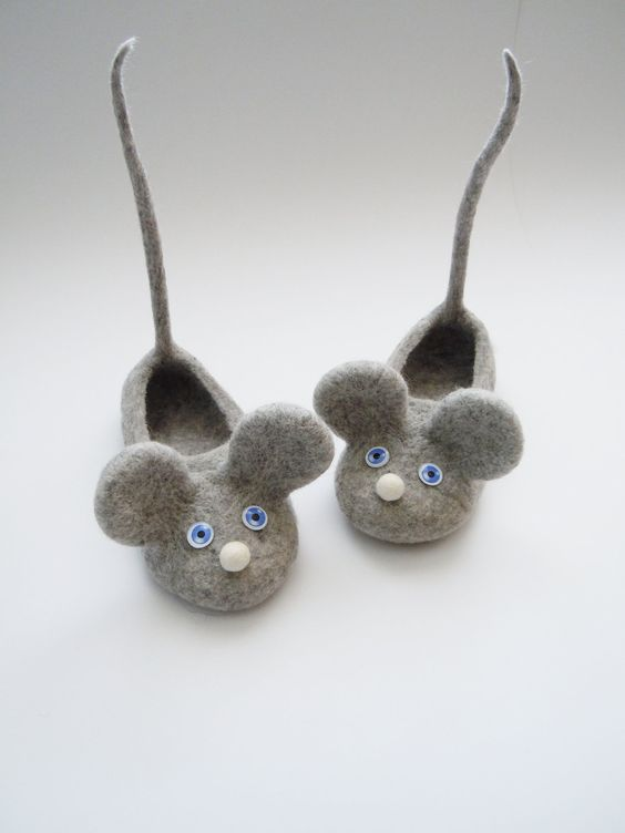 mousie slippers