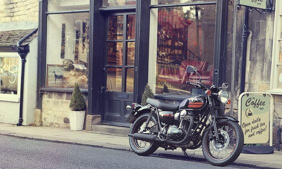 2014 Kawasaki W800 Special Edition.