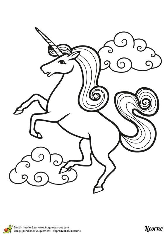 a colorier dessin d une belle licorne debout avec des nuages l arri re plan licorne. Black Bedroom Furniture Sets. Home Design Ideas