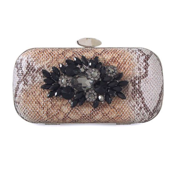 Fancy Mini Box Clutches  Read More:     http://www.weddingsred.com/index.php?r=fancy-mini-box-clutches-c120107.html