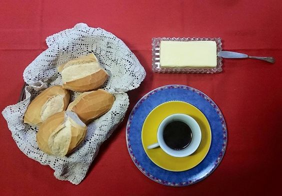 Estima-se que o consumo de pão no mundo tenha surgido na Mesopotâmia, há uns 12 mil anos junto com a produção de trigo. Nesta época, os pães eram feitos de farinha…