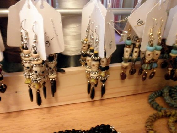 AnotherCountry BeadWorks:  Large tags for earring cards/price tags