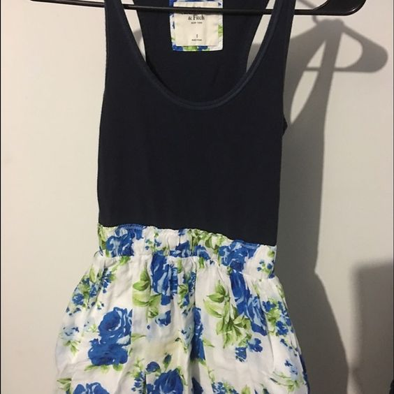 Abercrombie and Fitch summer dress Dark navy & floral print summer dress Abercrombie & Fitch Dresses