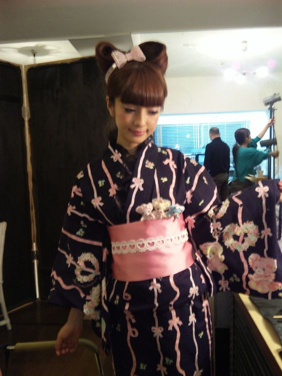 Pow A lovely pink diary of Misako Aoki official blog Misako Aoki ... | images of cute videos ★ Japan