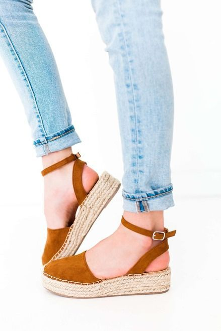 Hazel Platform Espadrille Sandal With Closed Toe - Feeding The Addiction - Forever Young Shoes #AnklestrapsHeels