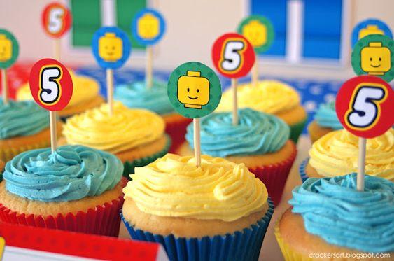 http://www.jolis-moments.com/un-5eme-anniversaire-sur-le-theme-lego/