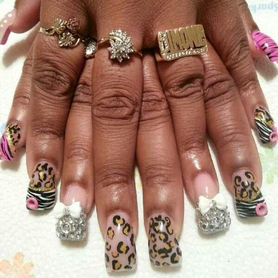 I can not wait to get my nails done like this,  I think this is very adorable.