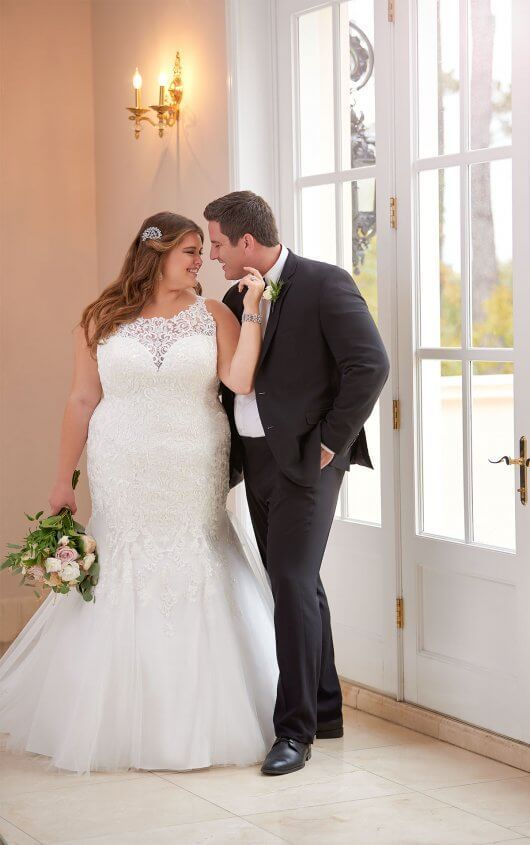 Mermaid Wedding Dress With Halter Neckline Plus Wedding Dresses