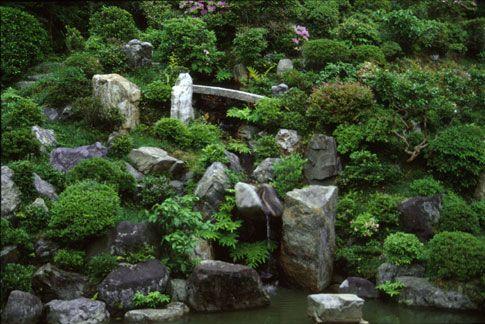 Image Result For Japanese Garden Hillside Japanese Garden Hillside Garden Garden Design