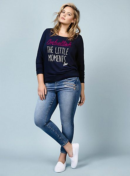 Rebel Wilson Collection | 10,:
