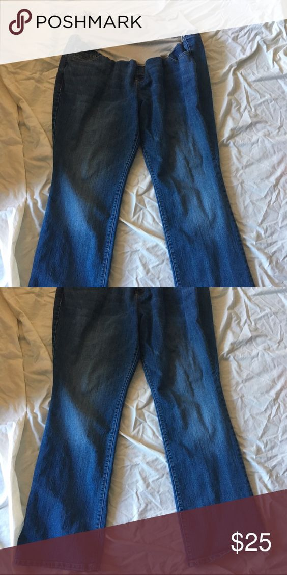Old Navy Boot Cut Medium Wash Maternity Jeans | D, Old navy and ...