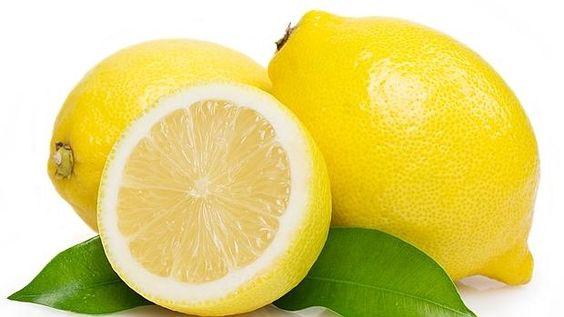 Siete beneficios de beber agua con limón. http://www.farmaciafrancesa.com