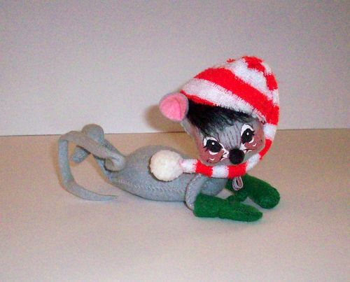 """1980 Annalee 6"""" Long Grey Mouse Laying Down Mobilitee Doll 