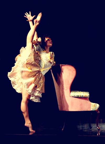 ♥ Melanie Moore from So You Think You Can Dance. Such a beautiful, amazing person. Flawless.