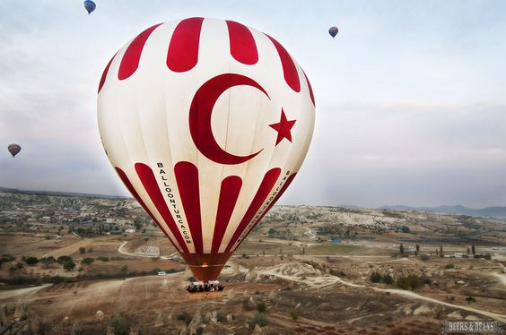 A hot air balloon in Cappadocia, Turkey! >> Must visit Turkey!!