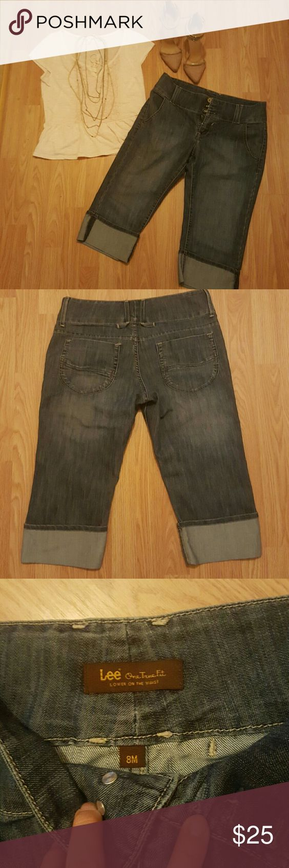 NWOT, LEE Low on the waist, Crop style denim jeans Nwot,  never been worn. Low on the waist,  crop style jeans w/sewed in cuffs on the bottom.. Super cute,  light weight.  Perfect for the summer time! Lee Pants Ankle & Cropped