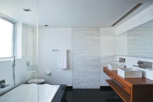 Banheiros: 10 modelos modernos de diversos tamanhos - Casa