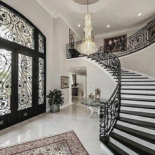 Glamorous And Exciting Entryway Decor Inspiration See More Luxurious Interior Design Details At Luxxu Luxury Houses Entrance Luxury Staircase Mansion Interior