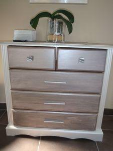 repeindre un meuble avec explications diy bricolage pinterest. Black Bedroom Furniture Sets. Home Design Ideas