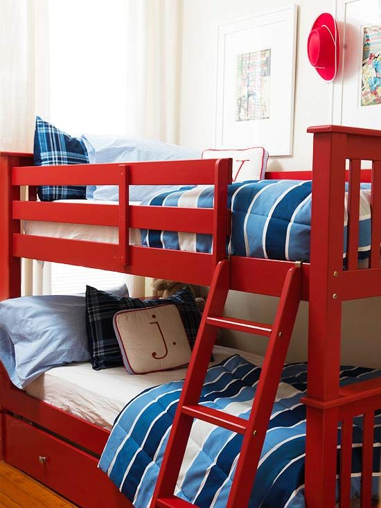 How cute are these fire-engine red bunk beds? More kid-friendly spaces: www.bhg.com/...