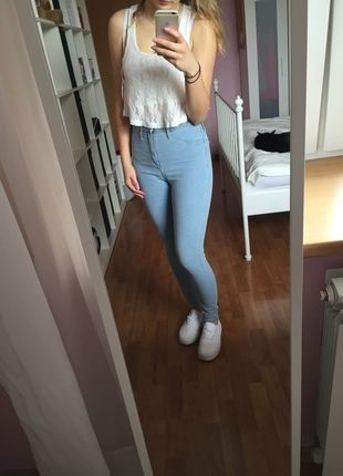 Kup mój przedmiot na #vintedpl http://www.vinted.pl/damska-odziez/dzinsy/10280577-jasne-rurki-jeansowe-wysoki-stan