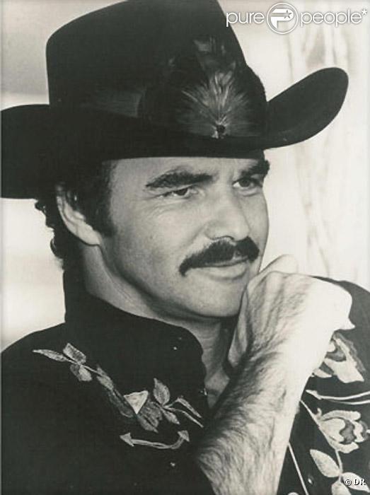 Burt Reynolds | 282353-burt-reynolds-dans-les-annees-70-637x0-3.jpg