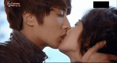 The Official Viki Blog: Our 10 Favorite K-Drama Kiss Scenes!