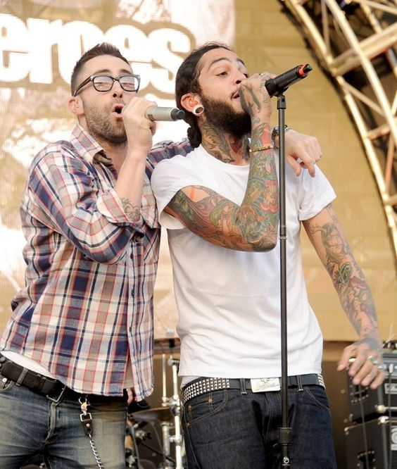 Maroon 5 Magic Mp3 Download: Maroon 5 Front Man Adam Levine Joins Gym Class Heroes