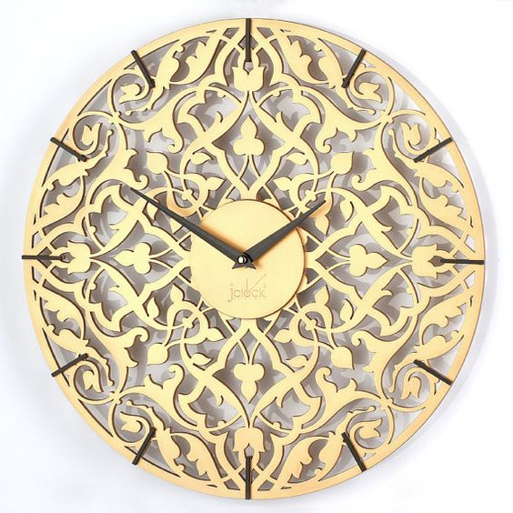 Carving wood clock // Carved wall clock // by clockshopping