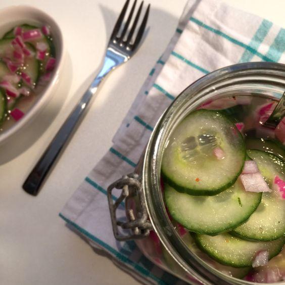 Ingelegde komkommer. Lekker bij pittige Aziatische gerechten.