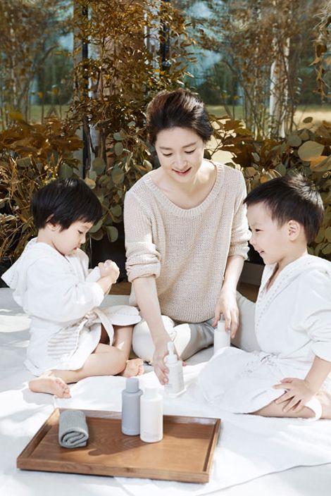 Con gái Lee Young Ae thừa hưởng vẻ đẹp từ mẹ - VnExpress Giải Trí