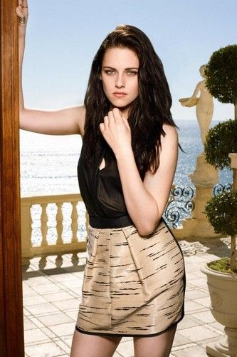Kristen Stewart sort avec le sosie de Robert Pattinson