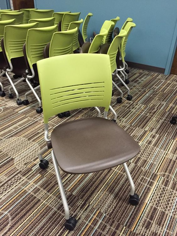 strivenesting chairs at atlanta tech show how great it can look to