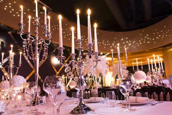 Centre de table: Gatsby chandeliers et pampilles en location chez D DAY DECO