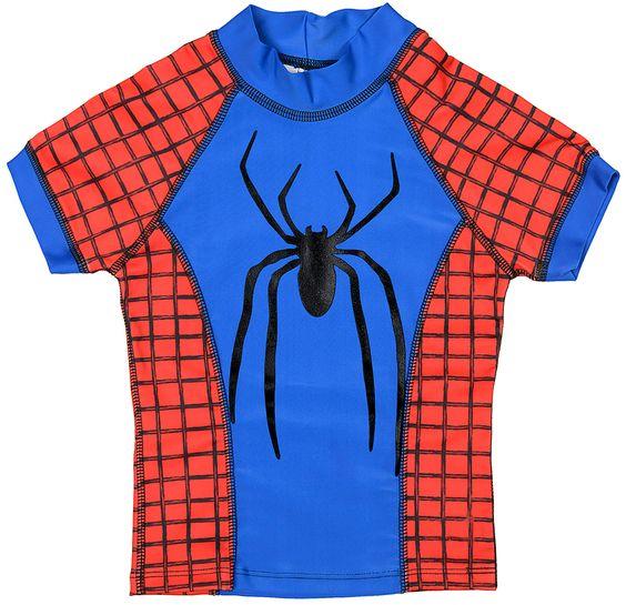 Camiseta de surf em lycra com proteção UV. Detalhe de aranha em silk. Marvel by Fefa
