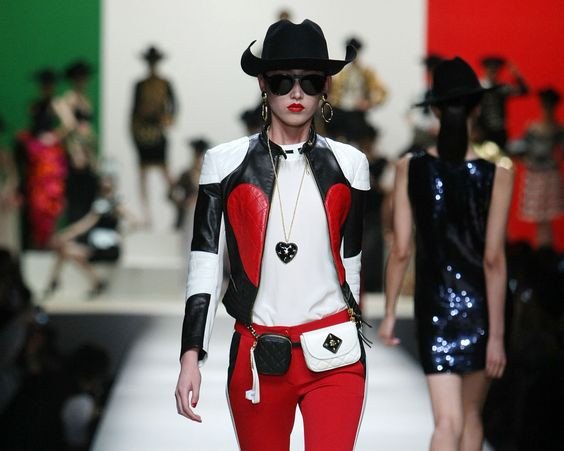 #Moschino presenta su Pre-Colección #SS2014 en Shangai