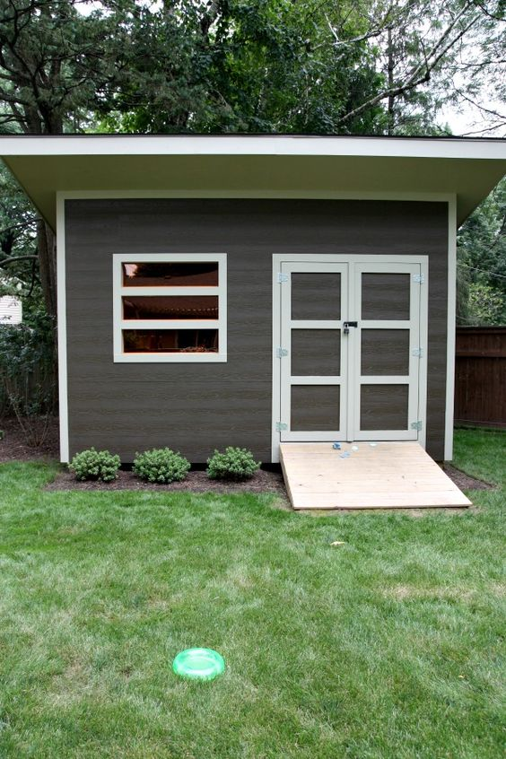 Modern Shed (colored acrylic windows, ramp for lawnmower) | House Tweaking #shedplans