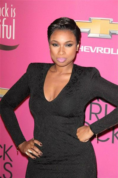Jennifer Hudson chops off all her hair, debuts chic pixie cut | Story | Wonderwall