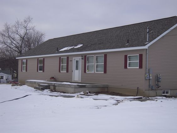A ranch style modular home located in holt mi is over for 2000 sq ft prefab homes