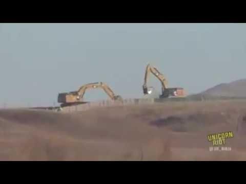 Standing Rock - 11/07/16 Work Continues @ the Dakota Access Pipeline - U...