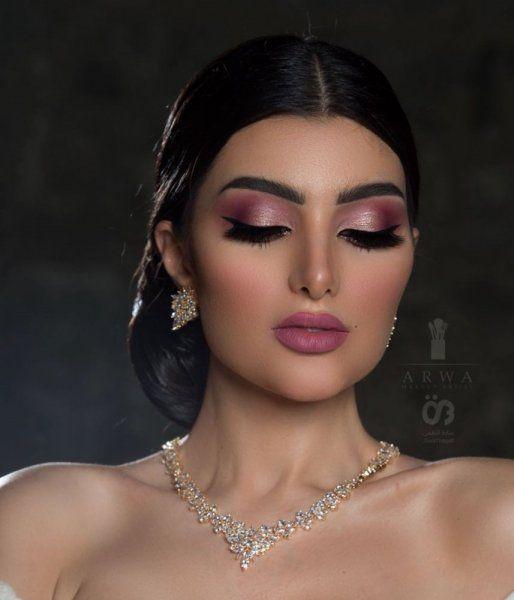 مكياج وردي من خبيرة التجميل أروى Eye Makeup Makeup Beauty